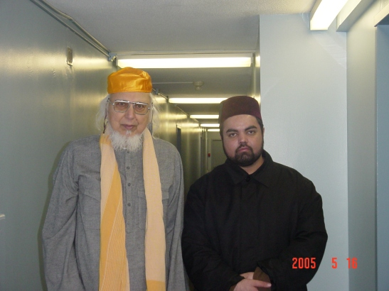 His Holiness Qazi Bashiruddin al-Faruqi and Sayyid Ahmed Amiruddin