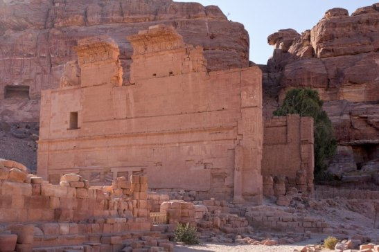 Qasr Bint Firoun (Palace of the Daughter of the Pharaoh), Petra, Jordan